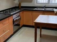 出租南门4室2厅2卫150平米精装修2500元/月住宅