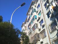 人民大道三室二厅87平加储16平,低总价学区好清爽装修送家电