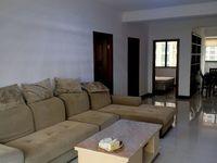 出租竹海西城3室2厅2卫143平米2500元/月住宅