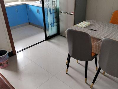 出租天景园3室2厅1卫101平米38000元/月住宅