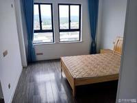 出租南馨苑3室2厅2卫135平米2900元/月精装包物业十储藏室,家电齐全拎包入