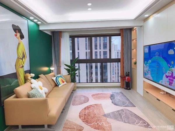 出售得力蓝园3室2厅1卫93平米十车位储藏室230万住宅
