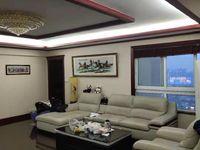 龙珠府邸精装4室2厅2卫142平米带车位238万住宅