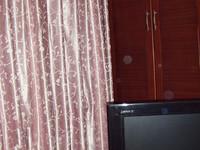 华庭家园农行斜对面 新桥路宾馆式出租 有照片 3楼大房间