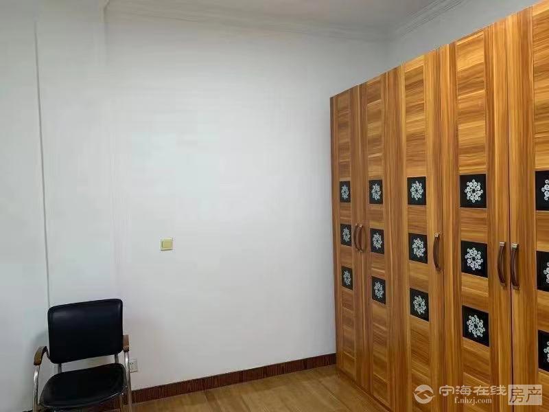 出租3潘学区房3室2厅1卫,家电齐全,拎包入住