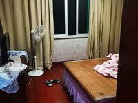 急急出售堤树1幢4.5层落地 4室2厅3卫136平米 一口价170.8万
