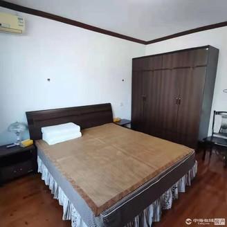 出售堤树4室2厅3卫178平米208万一幢落地房精装修住宅