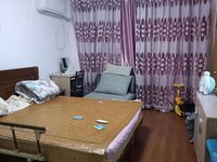 双学区,淮河路3楼,3室1厅1卫69平米130万住宅
